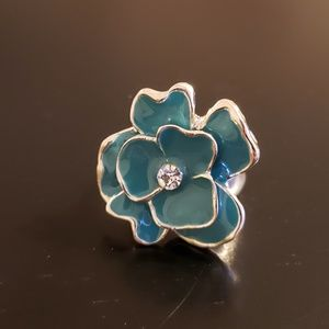 💕Turquoise and Silver Flower Fashion Ring